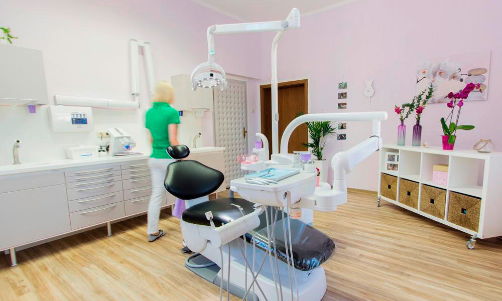 Zahnarztpraxis Mügeln - Behandlungsraum-2